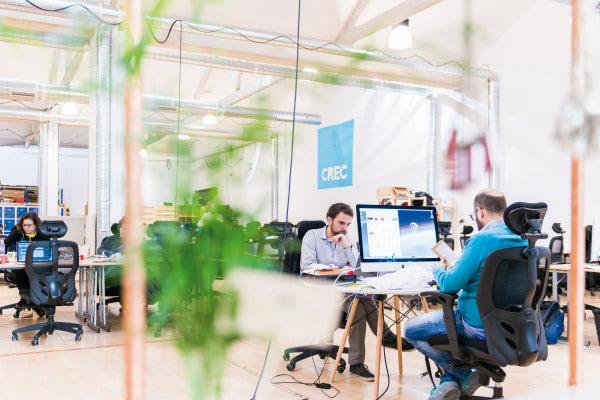 Crec-coworking-El-equipo-esta-concentrado