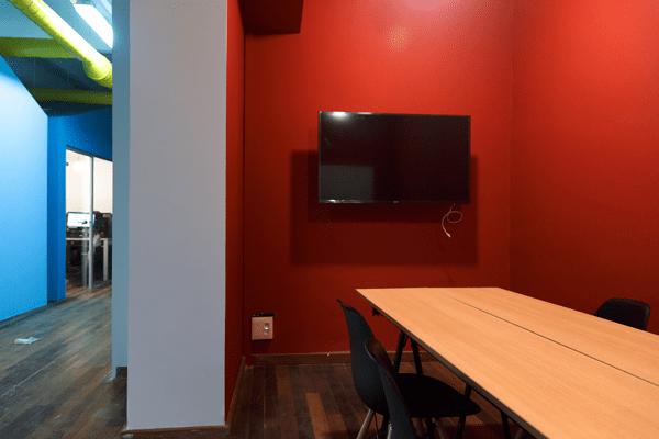 Alquiler-espacio-Barcelonaosala-reunin-Moulin-Rouge-4-min