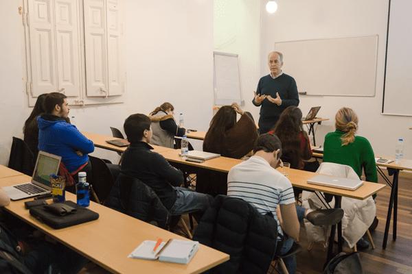 Lloguer-espais-Barcelona-sala-reunions-Sheldon-Cooper
