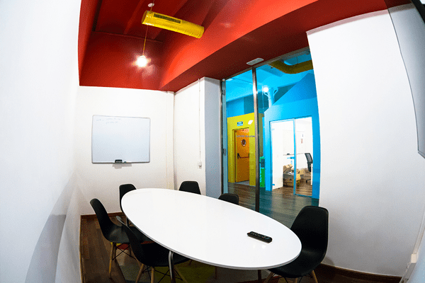 Space-rental-Barcelona-meeting-room-Moulin-Rouge-1