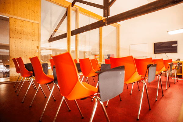 Space-rental-Barcelona-meeting-room1-Poblesec-4