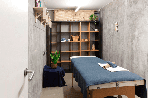 Space-rental-Barcelona-therapy-room-1