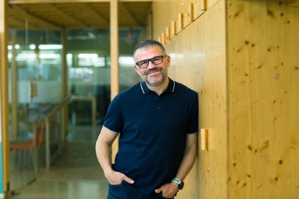 Roman Calavera CEO de CREC Coworking