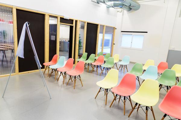 Sala Miyagi CREC Coworking Barcelona y Sabadell